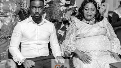Photo of Sarkodie's mum poses in son's luxurious mansion with cars